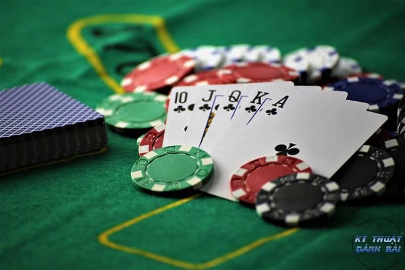 chiến thuật chơi poker từ top88